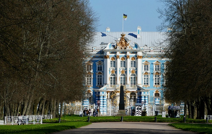 Tour to Saint-Petersburg and Moscow
